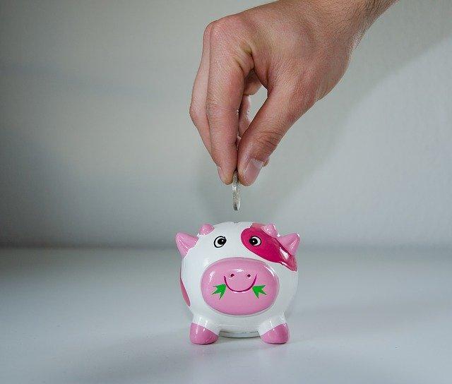 Comment épargner de l'argent de façon efficace ?